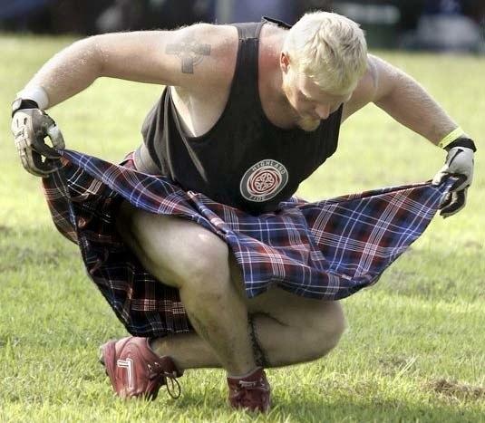 Шотландец кланяется